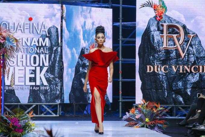 Lejour flower đồng hành cùng Đức Vincie tại Tuần lễ thời trang Việt Nam - 4
