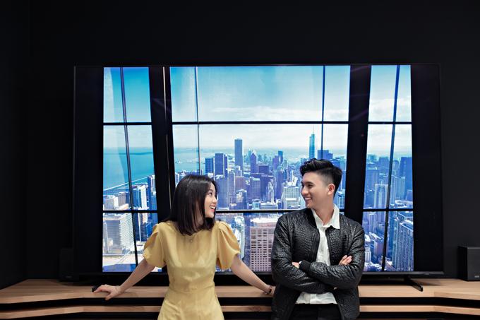 Nếu trong album của bạn chưa có tấm nào check-in trên những tòa nhà cao với view sang chảnh thế này, thì ngại gì mà không làm ngay một pose?