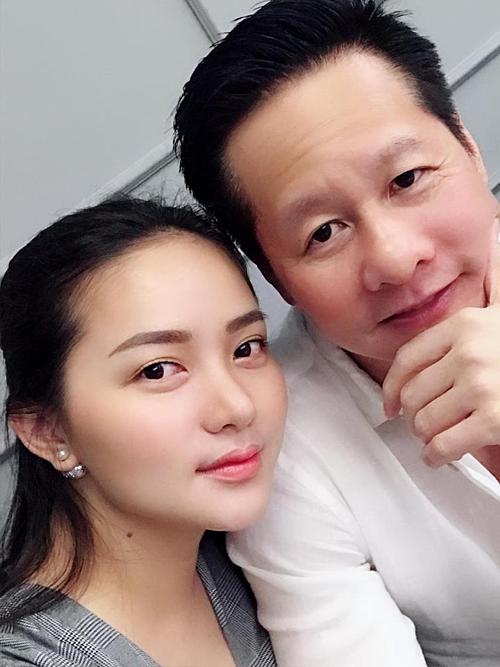 Phan Như Thảo đang có hạnh phúc viên mãn bên ông xã Đức An và con gái Bồ Câu.