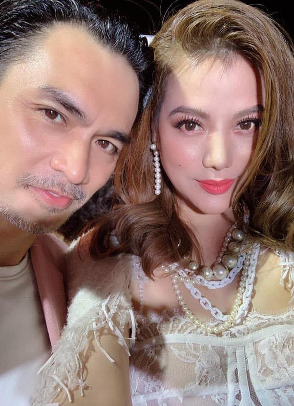 Diễn viên, người mẫu Đức Hải rất vui khi có dịp gặp gỡ cô bạn cùng thế hệ 7X với anh.