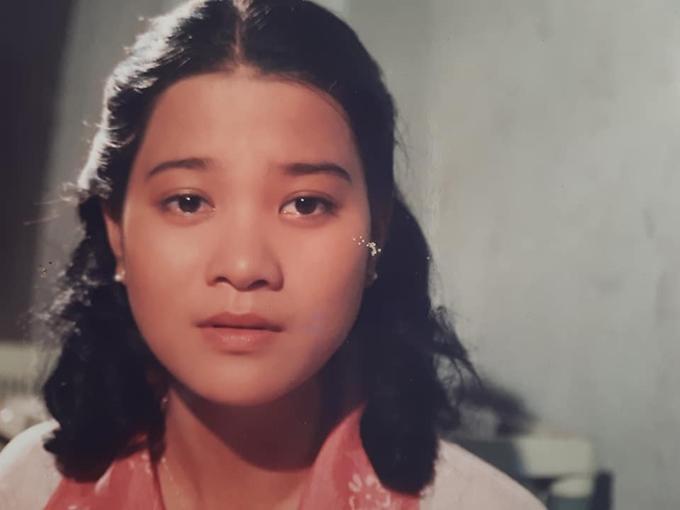 Kim Ngân cách đây 19 năm trong bộ phim Người đàn bà yếu đuối.