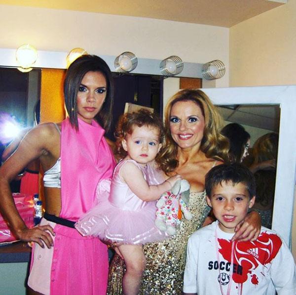 Geri Halliwell, một trong 5 thành viên của nhóm Spice Girls đình đám một thời