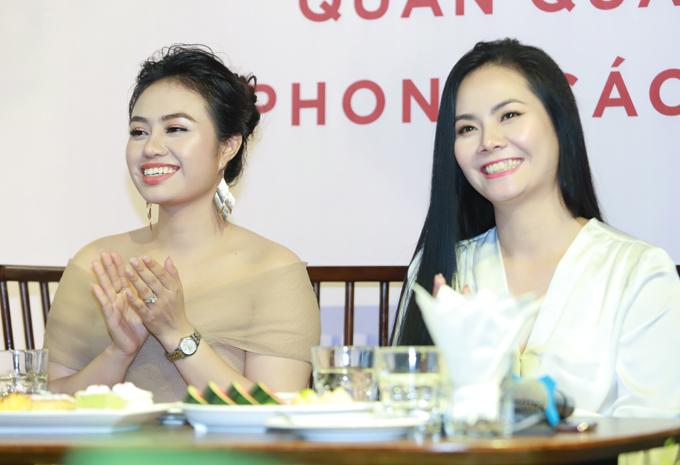Hai chị em Lương Hải Yến - Lương Nguyệt Anh.
