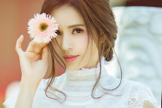 Fan không nhận ra Cô Cô Lý Nhược Đồng vì quá trẻ - 1