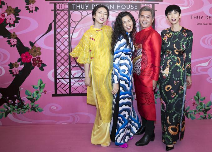 Diễn viên Ngô Thanh Vân, chuyên gia trang điểm Nam Trung và siêu mẫu Xuân Lan có mối quan hệ thân thiết với nhà thiết kế Thủy Nguyễn.