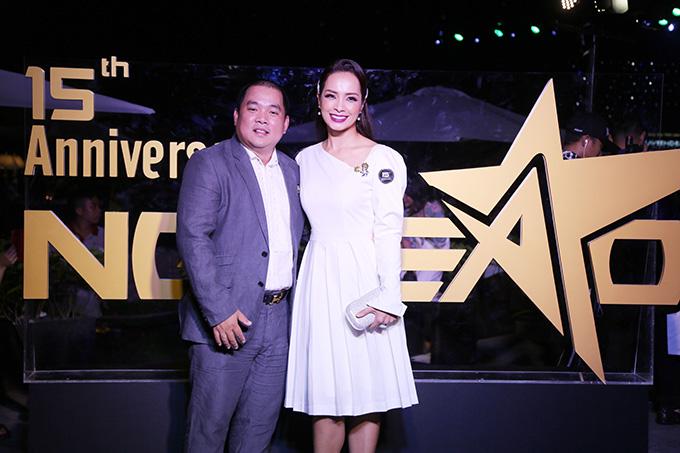 Vợ chồng nhạc sĩ Nguyên Khang - cựu người mẫu Thuý Hạnh.