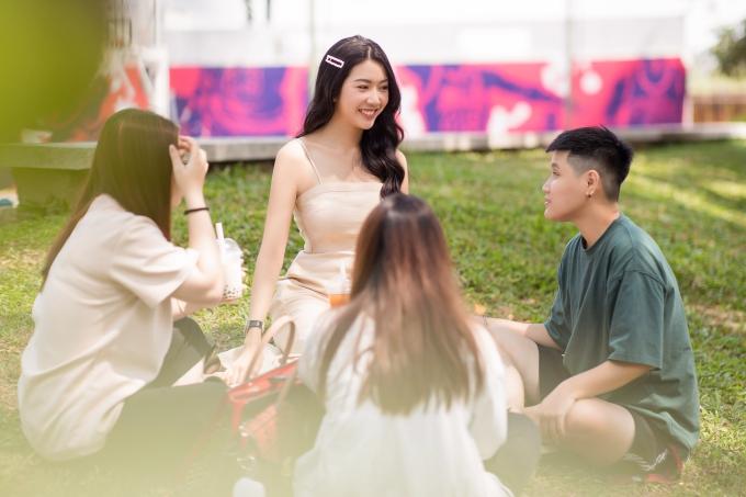 Á hậu Thúy Vân trở lại đi học Đại học - 4