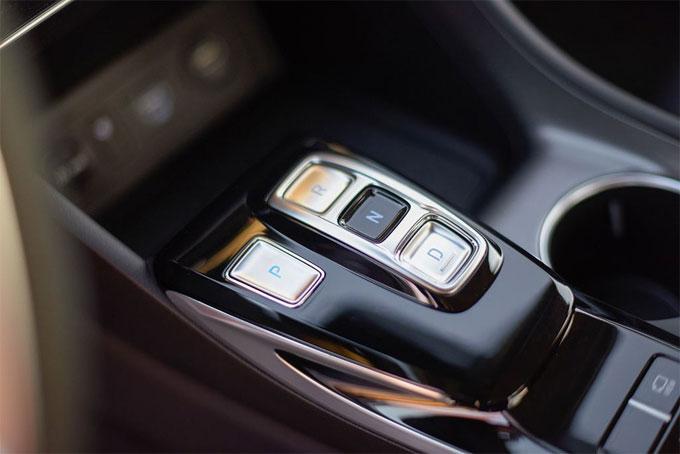 Hyundai Sonata 2020 thiết kế mới, nhiều công nghệ - 10