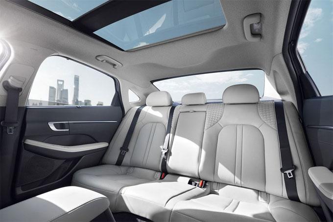 Hyundai Sonata 2020 thiết kế mới, nhiều công nghệ - 9