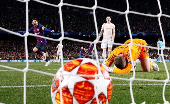 Mắc sai lầm dẫn tới bàn thua thứ hai, ngôi sao người Tây Ban Nha xin lỗi đồng đội ngay sau trận đấu. De Gea dằn vặt vì nếu anh không để bóng lọt qua khe giữa cánh tay và mặt sân sau cú sút của Messi, thế trận có thể sẽ khác vì MU nhập cuộc tốt hơn. Bàn thua thứ hai khiến các cầu thủ Quỷ đỏ mất hết tinh thần chiến đấu, nhận thất bại 0-3, qua đó bị loại ở tứ kết Champions League vì thua 0-4 sau hai lượt trận