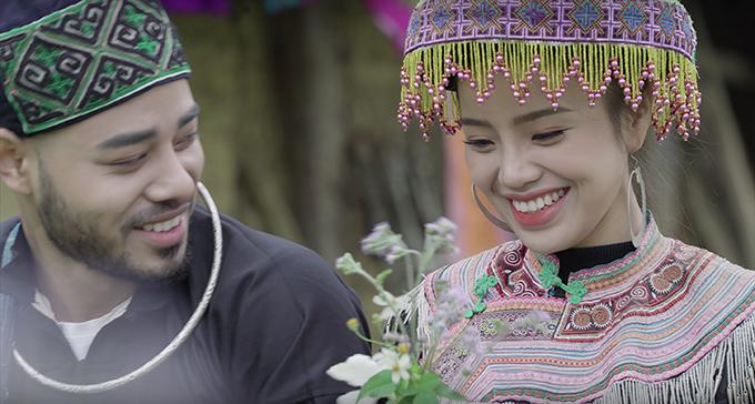 Sèn Hoàng Mỹ Lam và diễn viên ngoại quốc trong MV.