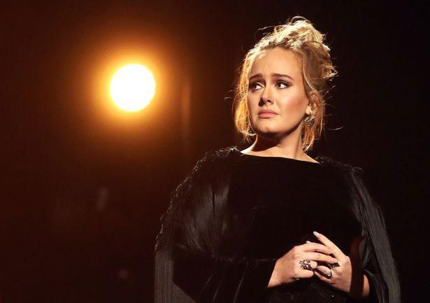 Adele là một trong những ca sĩ giàu nhất nước Anh.