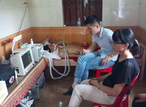 Sau khi bị chém, Thương được đưa ra Bệnh viện Việt Đức rồi bị trả về. Ảnh: H.L