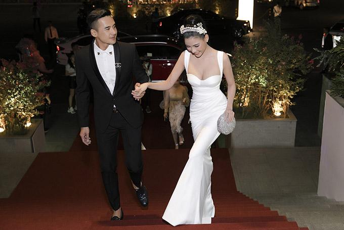Vợ chồng Thúy Diễm - Lương Thế Thành đắt show đi sự kiện. Cả hai luôn chăm chút hình ảnh kỹ lưỡng mỗi lần xuất hiện trước công chúng.