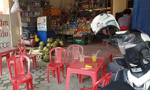 Cán bộ công an Thanh Hoá bị cứa cổ khi đang ngồi quán nước