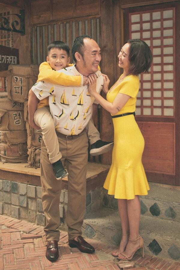 Thu Trang chia sẻ vợ chồng cô thực hiện bộ ảnh như món quà tặng cho Andy sau thời gian dài cả hai tập trung sản xuất, ra mắt bộ phim Chị Mười Ba.