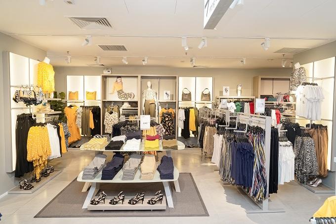 Đại diện thương hiệu kỳ vọng các trung tâm mua sắm OVS sẽ đem đến cho khách hàng trên toàn quốc trải nghiệm thú vị, cùng sản phẩm chất lượng nhưng với mức giá bình dân.