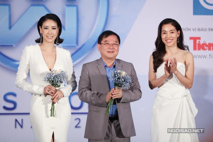 Đỗ Mỹ Linh, Tiểu đua vẻ gợi cảm tại sự kiện - 6