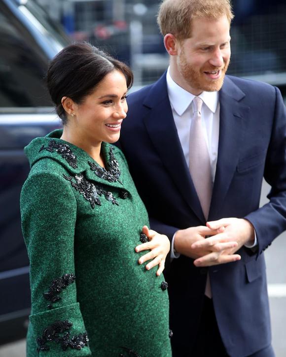 Vợ chồng Meghan có thể sẽ đi biệt phái tới châu Phi để trốn William và Kate