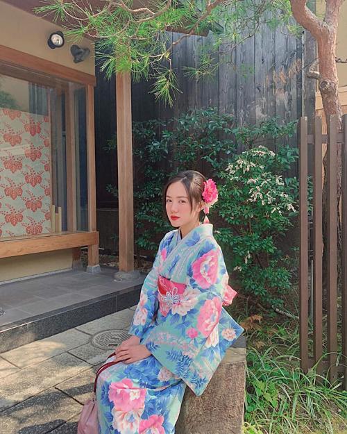 Phương Ly khuyên: Đã đi Nhật nên mặc thử Kimono.