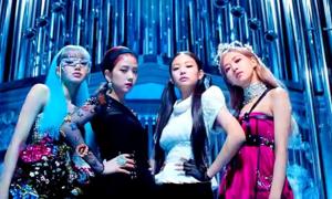 Nhóm nhạc Hàn Black Pink làm nên lịch sử giữa tai tiếng bủa vây