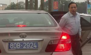 Thu hồi hai biển xanh dùng chung cho xe chở lãnh đạo Ninh Bình