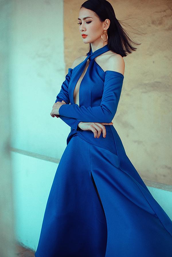 Những mẫu váy theo phong cách sexy thường được sao Việt yêu thích và chọn lựa khi xuất hiện tại các sự kiện. Ở mùa hè năm nay, váy cut-out đánh dấu sự trở lại và nhanh chóng được các nhà mốt đưa vào bộ sưu tập mới của mình.