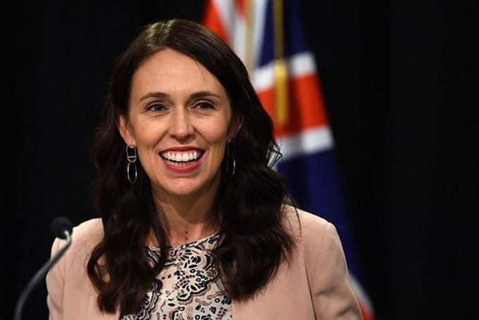 7. Jacinda Ardern. Thủ tướng New Zealand. Thời gian tại nhiệm: 1 năm 5 tháng.- Mức lương hằng năm: 339.862 USD.-GDP/người: 35.244 USD.