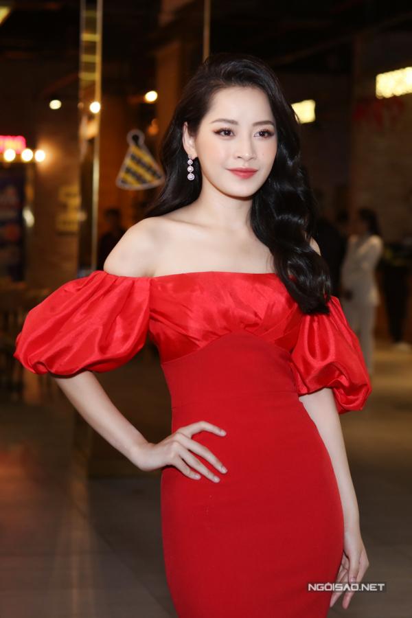 [Caption]òng nhạc Ballad, trong khi hơn 1 năm debut cô đều định hình ở dòng nhạc Dance, EDM.