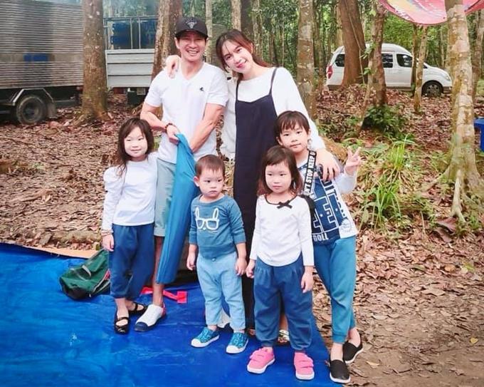 Minh Hà: Tôi muốn sinh nhiều con để tránh cảnh cha già con mọn - 2