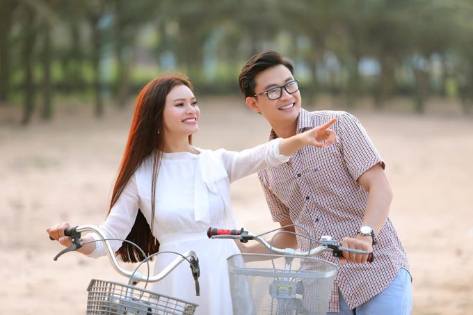 Sau MV Chàng vinh quy, Tiến Lộc tiếp tục được Phạm Phương Thảo mời đảm nhận vai người yêu trong MV mới Có thương nhau thì về. Sản phẩm được quay tại Nghi Lộc, Nghệ An - quê hương của nữ ca sĩ.