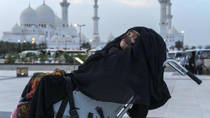 Munira Abdulla hiện đang dần phục hồi sức khỏe sau 28 năm sống thực vật. Ảnh: The National.