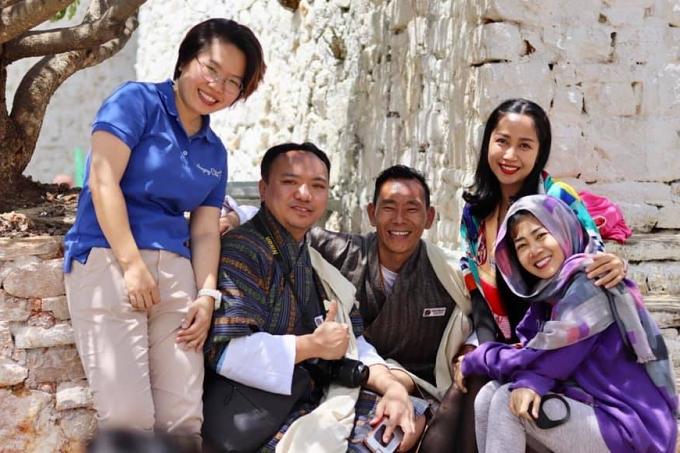 Ốc Thanh Vân đưa Mai Phương đi du lịch Bhutan - 7