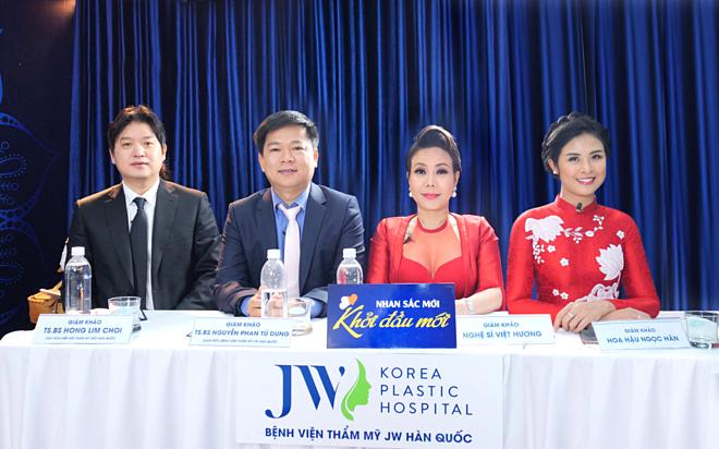 Hội đồng chuyên môn và giám khảo bao gồm: Tiến sĩ, bác sĩ Hong Lim Choi (Chủ tịch Hiệp hội thẩm mỹ mắt Hàn Quốc), Tiến sĩ, bác sĩ Nguyễn Phan Tú Dung (Giám đốc Bệnh viện thẩm mỹ JW Hàn Quốc), nghệ sĩ Việt Hương, Hoa hậu Ngọc Hân (từ trái qua).