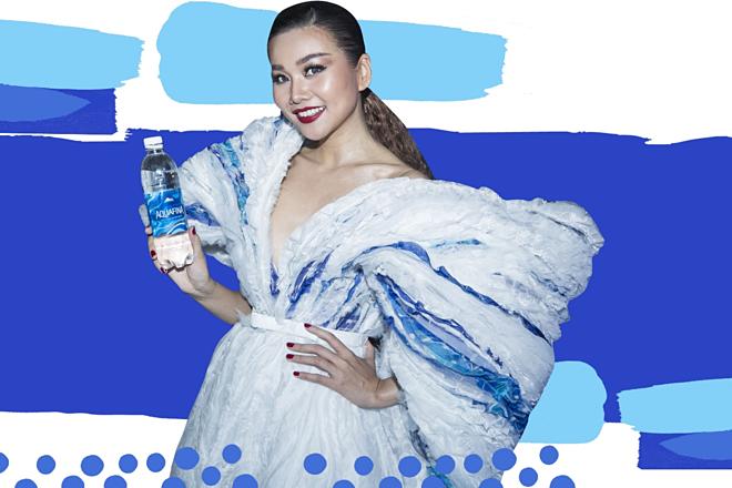 Cùng với sự đồng hành của Thanh Hằng, tại Tuần lễ thời trang quốc tế Aquafina Vietnam International Fashion Week vừa qua, Aquafina đã ra mắt BST thiết kế nhãn chai phiên bản giới hạn mới.