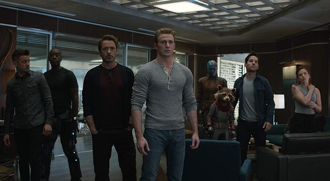 Dàn siêu anh hùng còn sống sót sau cú búng tay hủy diệt của Thanos.