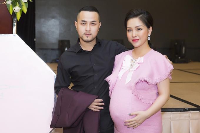 Vợ chồng Thế Bảo - Trang Pilla.