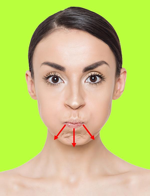 Mím môi trong 3 giây rồi thả lỏng. Lặp lại động tác 20 lần.