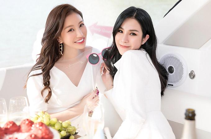 Diệp Lâm Anh dự tiệc sinh nhật của Hoa hậu Lam Cúc hôm 26/4.