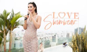 Hà Anh khoe dáng trong buổi ra mắt BST bikini Love Swimwear