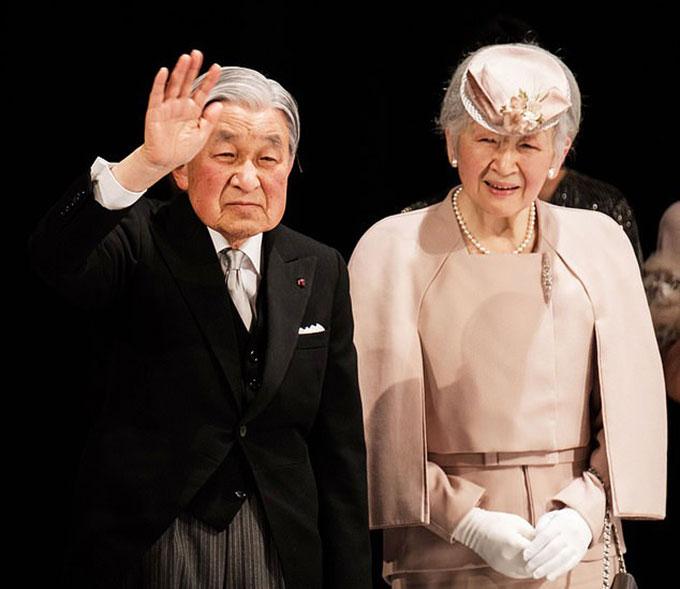 Nhật hoàng Akihito và Hoàng hậu Michiko. Ảnh: