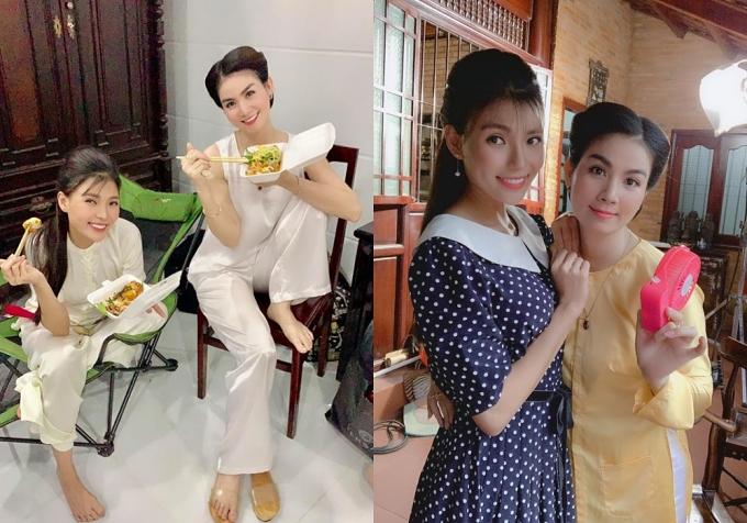Thay vì nghỉ ngơi, nhiều nghệ sĩ vẫn bận rộn với công việc. Hai diễn viên Thúy Diễm - Kha Ly thân thiết trên phim trường Dâu bể đường trần.