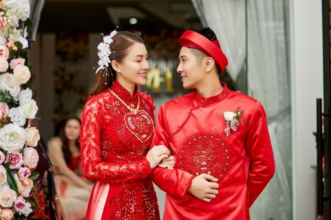 Lê Hà cảm thấy may mắn và hạnh phúc vì tìm được người đàn ông tốt, cùng cô xây dựng hạnh phúc hôn nhân.