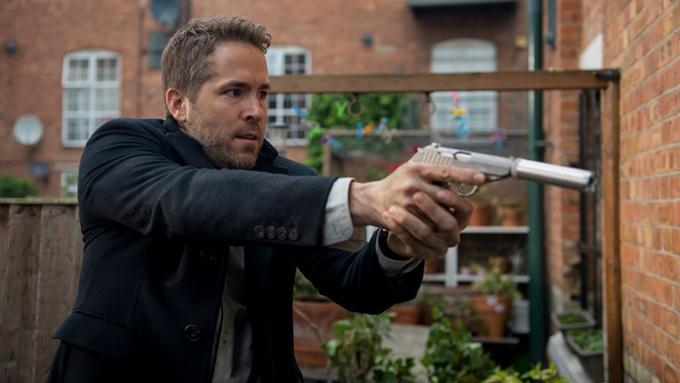 Ryan Reynolds đóng chính trong phim 6 Underground của đạo diễn Michael Bay.