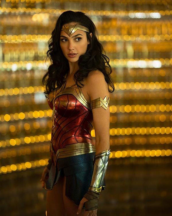 Wonder Woman 1984 - phần 2 của Wonder Woman dự kiến chiếu năm 2020.