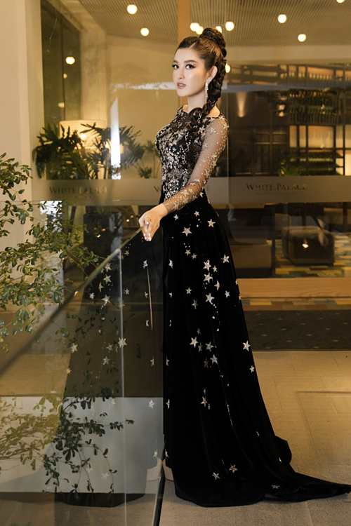 Kỳ Duyên, Huyền My diện váy xẻ đùi dự sự kiện của mỹ phẩm Hamyang ginseng - 3