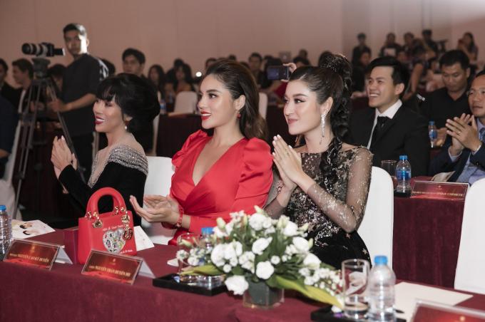 Kỳ Duyên, Huyền My diện váy xẻ đùi dự sự kiện của mỹ phẩm Hamyang ginseng - 7