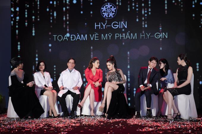 Kỳ Duyên, Huyền My diện váy xẻ đùi dự sự kiện của mỹ phẩm Hamyang ginseng - 1