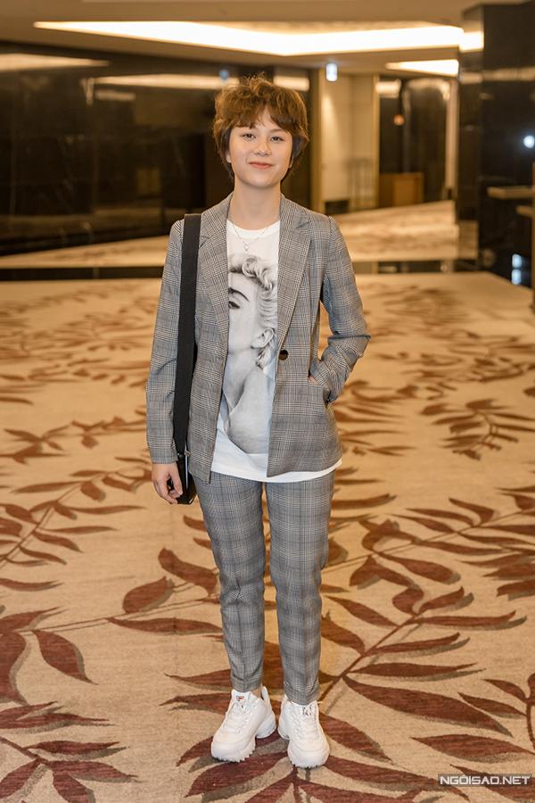 Bảo Hân sinh năm 2000, là sinh viên năm đầu của trường Sân khấu - Điện ảnh Hà Nội. Ánh Dương cũng là vai diễn đầu tiên trong sự nghiệp của Bảo Hân.