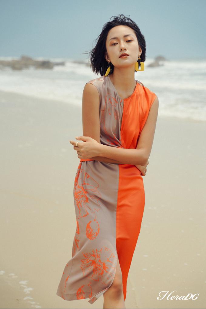 Thương hiệu HeraDG với kinh nghiệp 5 năm trong ngành thời trang thiết kế, thuộc Tổng công ty Đức Giang  một trong những đơn vị hàng đầu trong ngành dệt may Việt Nam.